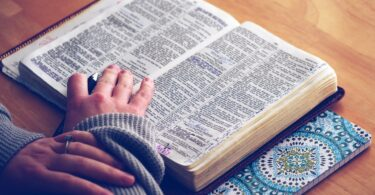 5 Bible Verses for When You're Worried